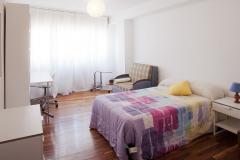 Habitación individual en residencia Castelao en Santiago de Compostela.
